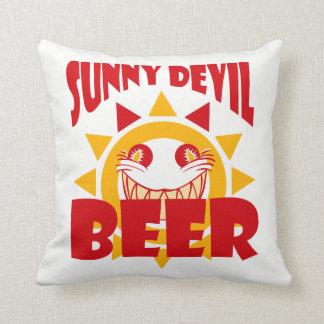Bière ensoleillée de diable coussins carrés