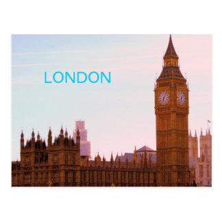 Big Ben et carte postale britannique du Parlement