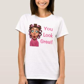 Bigoudis de port de femme t-shirt