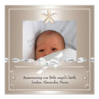 Bijou beige de cadre de photo de faire-part de nai