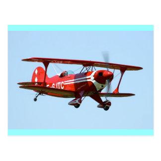 Biplan rouge carte postale