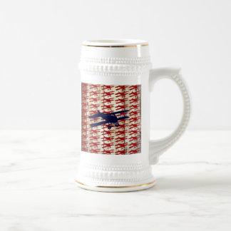 Biplan vintage sur les cadeaux en bois d'aviation  mug à café