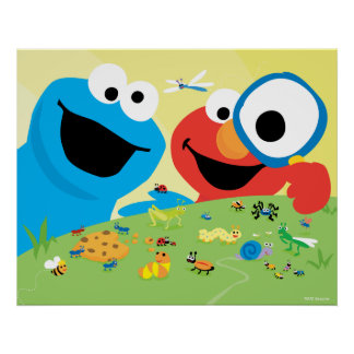 Biscuit et Elmo recherchant des insectes Poster