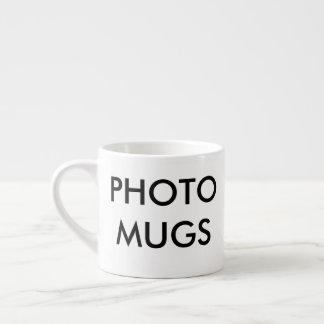 Blanc de tasse de café express de photo