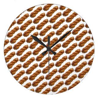 Blanc de torsion vitré par horloge murale ronde