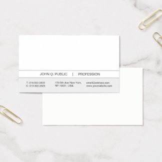 Blanc simple moderne professionnel et gris à la cartes de visite