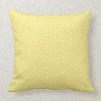 Blanc sur le motif jaune citron de point de tricot coussin décoratif