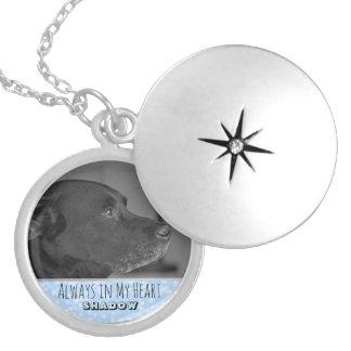 Bleu commémoratif du pendentif | de souvenir de