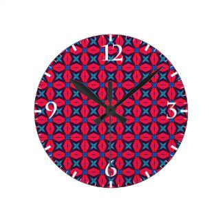 bleu décoratif   de kaléidoscope et rouge horloge ronde