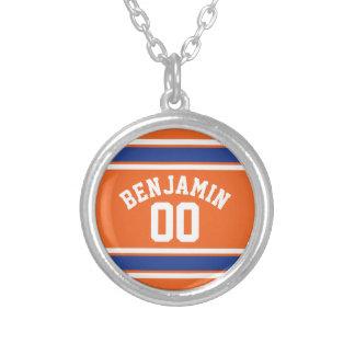 Bleu et orange folâtre le nombre nommé fait sur collier