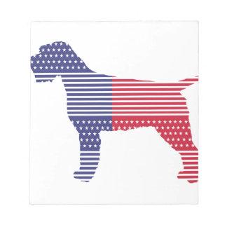 Bleu rouge de chien patriotique de griffon de bloc-note