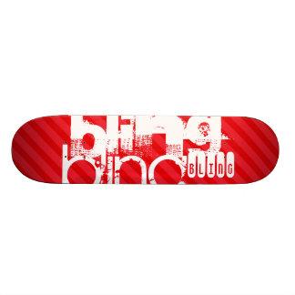 Bling ; Rayures de rouge d'écarlate Skateboard Customisable