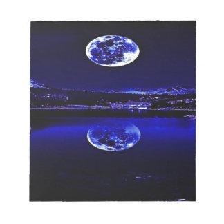 Bloc-note Ciel bleu crépusculaire de nuits