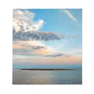 Bloc-note Coucher du soleil au-dessus de l'île