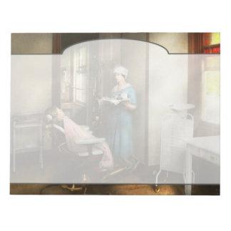 Bloc-note Dentiste - le patient est une vertu 1920