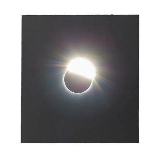 Bloc-note L'anneau de l'éclipse 2017 solaire