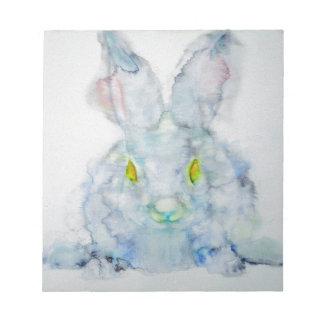 Bloc-note le jaune observe le lapin