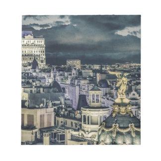 Bloc-note Vue aérienne de scène de nuit de paysage urbain de