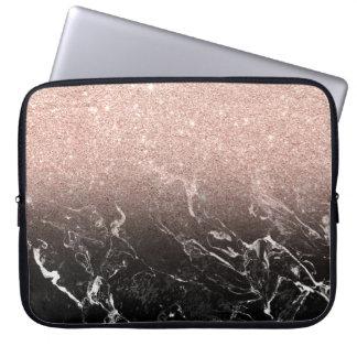 Bloc rose moderne de couleur de marbre de noir housses pour ordinateur portable