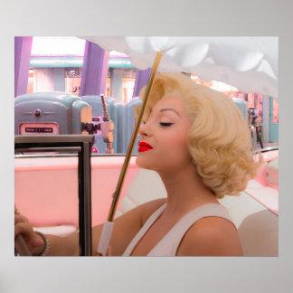 Blonde et les années 50 affiche