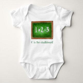 Body C est pour des maths ABCs d'ardoise d'école de