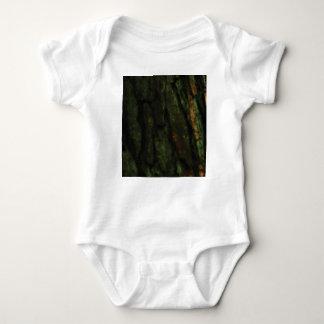 Body écorce d'arbre verte