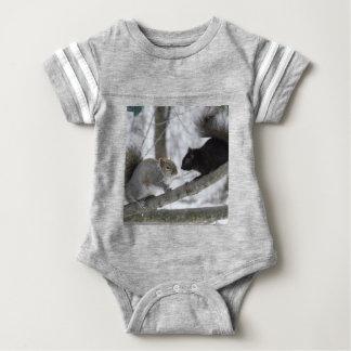 Body Écureuil noir et gris