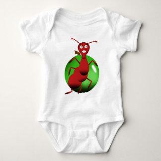 Body fourmi rouge