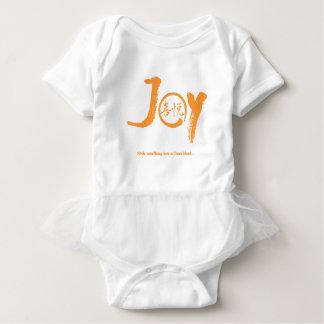 Body Kanji orange de joie à l'intérieur de tutu de