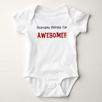 Body La grand-maman pense que je suis impressionnant !