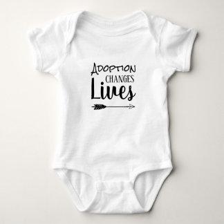 Body L'adoption change les vies - adoptez adoptif