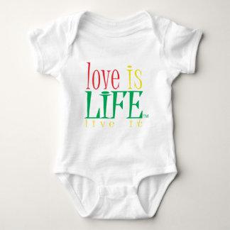 Body L'amour est la vie