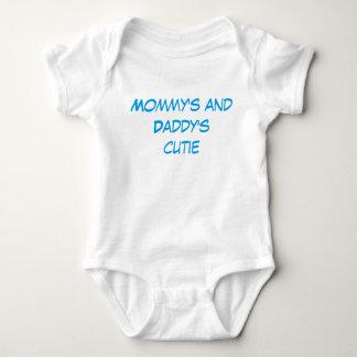 """Body Le bébé """"de Cutie de la maman et du papa"""" vêtx"""