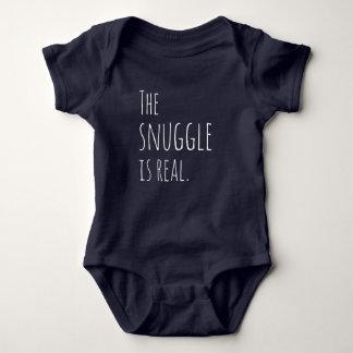 Body Le câlin est vrai équipement de bébé
