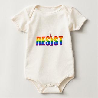 Body Le drapeau d'arc-en-ciel de LGBT résistent à