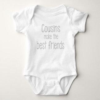 Body Les cousins font aux meilleurs amis le costume de