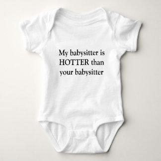 Body Ma babysitter est PLUS CHAUDE que votre babysitter