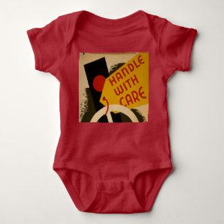 """Body """"Manipulez combinaison vintage avec de soin"""" bébé"""