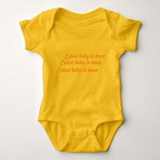 Body Romper «Cutest bébé dans town» jaune