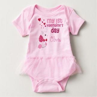 Body Rose mignon de la première Saint-Valentin du bébé