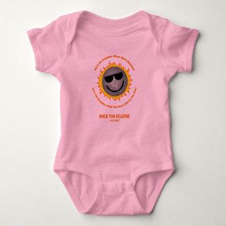 Body Suite de corps de bébé d'éclipse