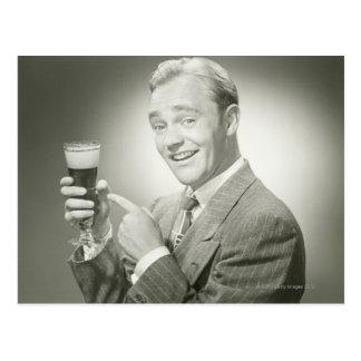 Boire d'homme carte postale