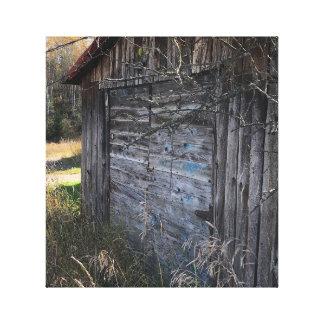 Bois abandonné rustique jeté sur la toile