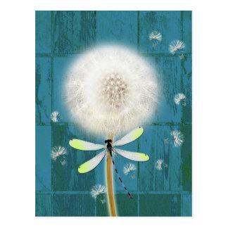 Bois bleu rustique de grange de libellule de cartes postales
