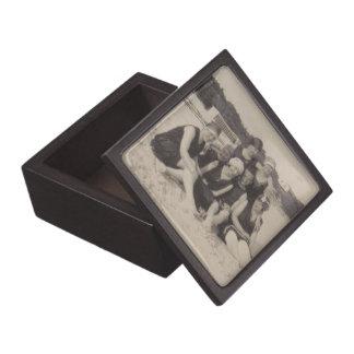 Boîte À Babioles De Première Qualité Photographie vintage du groupe de plage 1920