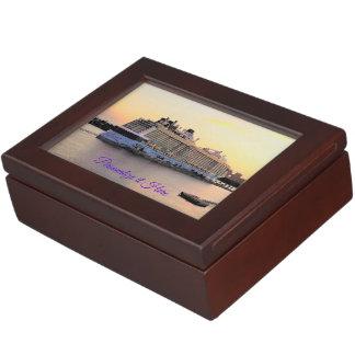 Boîte À Souvenirs Bateau de croisière d'aube de port de Nassau