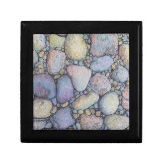 Boîte À Souvenirs Cailloux et roche de rivière dans le crayon en