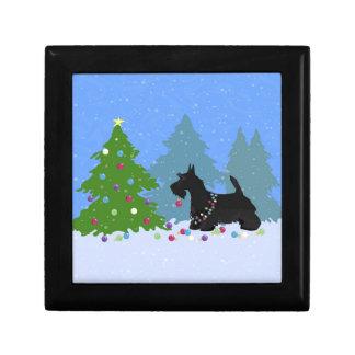 Boîte À Souvenirs Chien de Terrier d'écossais décorant l'arbre de