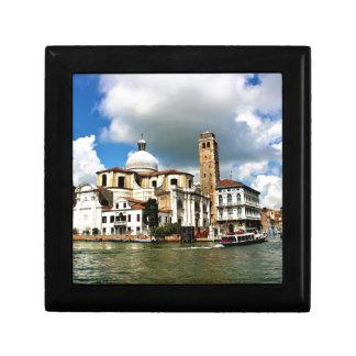 Boîte À Souvenirs Église de Venise pendant la journée
