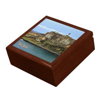 Boîte À Souvenirs EL Morro gardant l'entrée de baie de San Juan